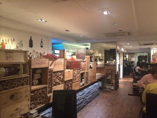 Restaurant interior picture of fratini la trattoria