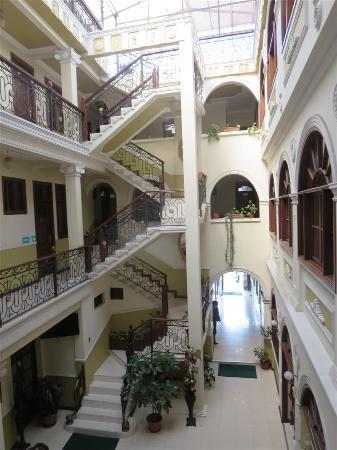 San Marino Royal Hotel: Hotel