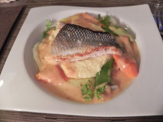 Cuisine De Bar filet de bar avec polenta crémeuse - picture of l'alambic, reims