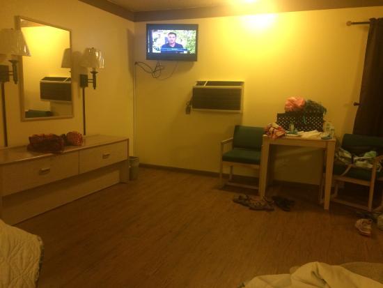 Burlington Inn: view of room from inside