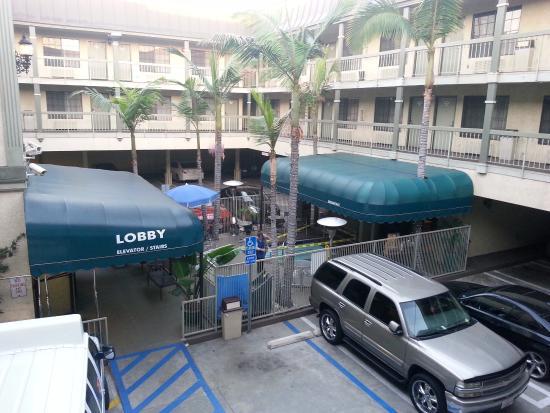 Best Western Airport Plaza Inn: local da piscina (banheira)
