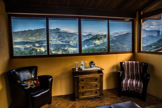 Los Establos Boutique Hotel: The view from our Suite