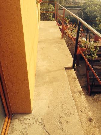 Casa Petru: The entrance