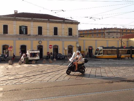 Mercatino domenicale di Porta Genova
