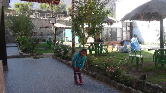 Munay Tika: en el jardin del hotel