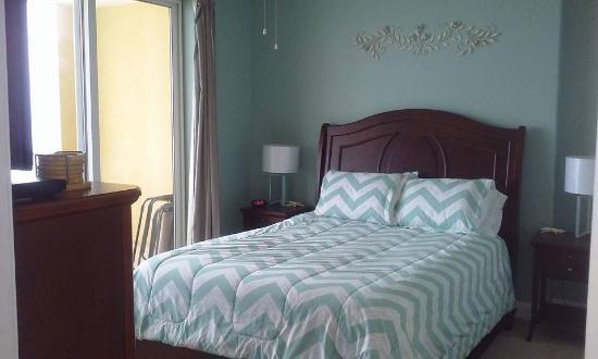 Ocean Villa Condos: Master Bedroom