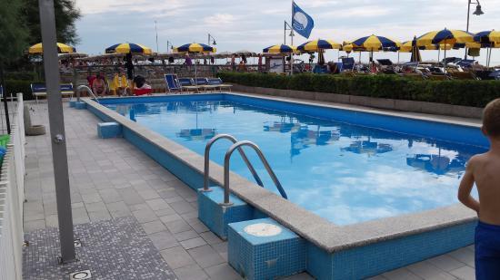 Hotel Oliver: La piscina per adulti