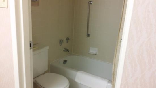 Auburn, ME: Standard Room, 2 Queen Beds