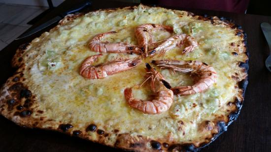Livron-sur-Drome, Франция: Pizza tropicale (gambas, anis)