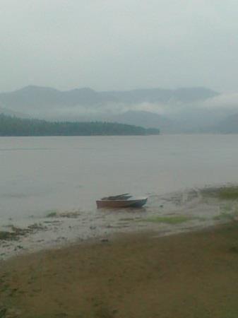 Lake Teletskoye照片