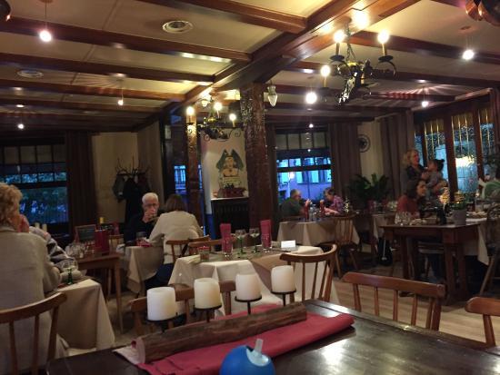 L 39 entr e du restaurant foto van a la maison rouge barr for Restaurant la maison rouge colmar