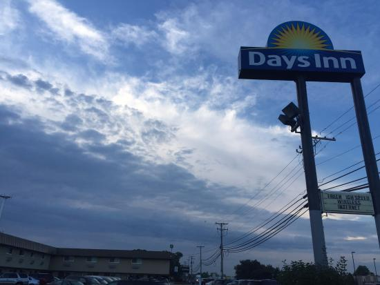 Picture of days inn by wyndham elk - Wyndham garden elk grove village o hare ...