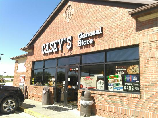 Casey's General Store: Pizza at Casey's, Urbandale
