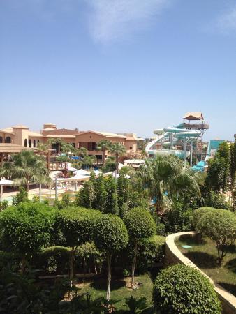 Coral Sea Aqua Club Resort: photo1.jpg
