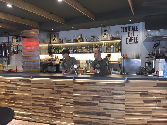 Una piccola pausa per un grande caff foto di centrale - Porta di massa napoli ...
