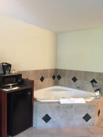 Oxford Suites Portland - Jantzen Beach : photo1.jpg