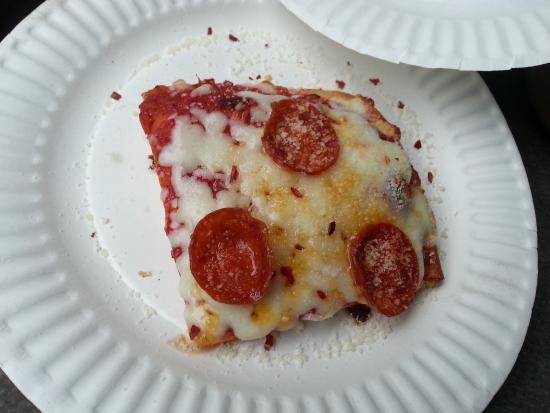 DiCarlo's Pizza - York: Mmmmmm !!!!