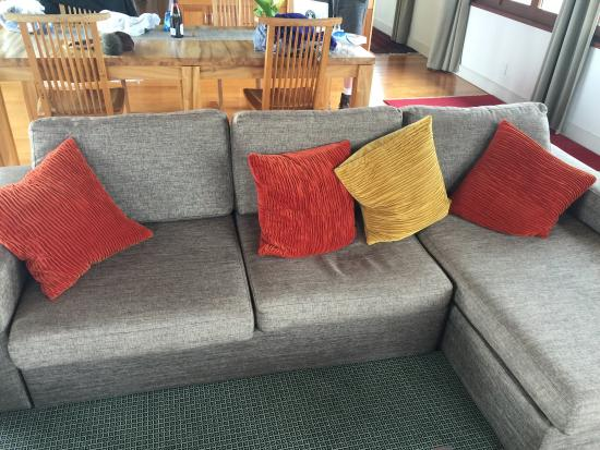 Hapuku Lodge: Broken Down Ikea Kivik Model Sofa (note Caved In Center