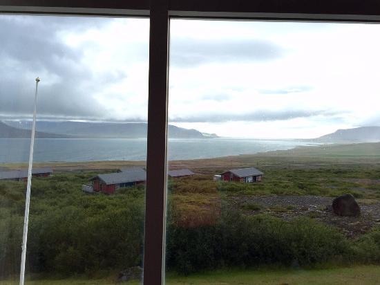 Hotel Glymur: View of fjord overlooking guestroom