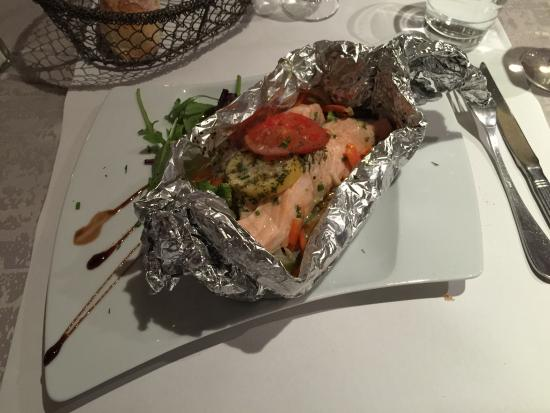 Papillote en saumon aux l gumes picture of le vivier nancy tripadvisor - Saumon en papillote ...
