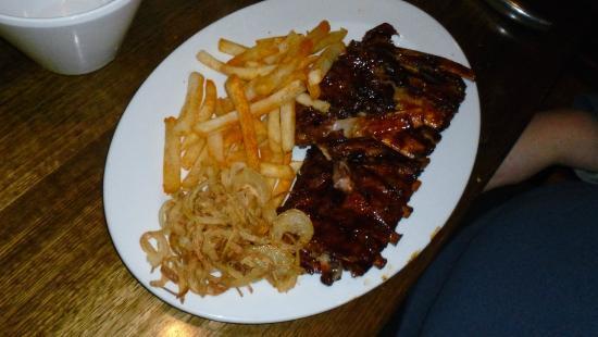 Kellys Bar and Grill: Pork Ribs