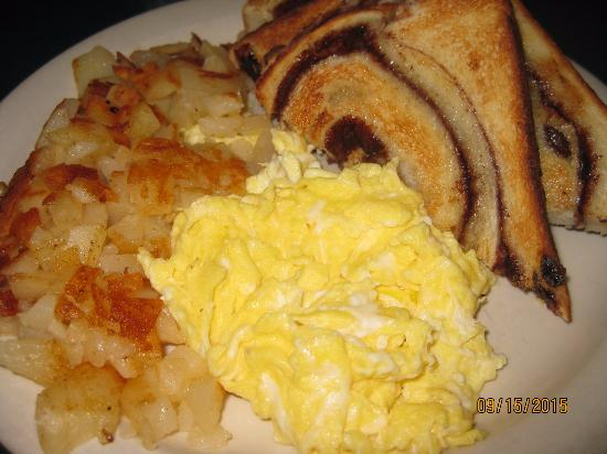 Phelps, NY: Breakfast of eggs, potato and raisin toast