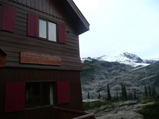 Selkirk Mountain Experience Lodge: Durrand Glacier: Selkirk Lodge