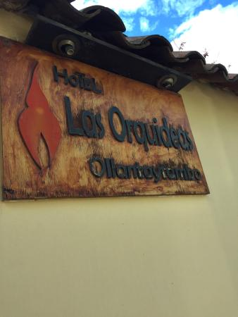 Hotel Las Orquideas: Local liquor store around the corner and local hike around the way that is worth the climb!