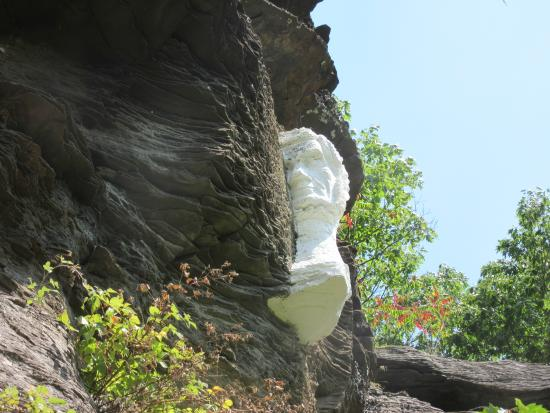 Prattsville, NY: The carvings were painted to make them stand out
