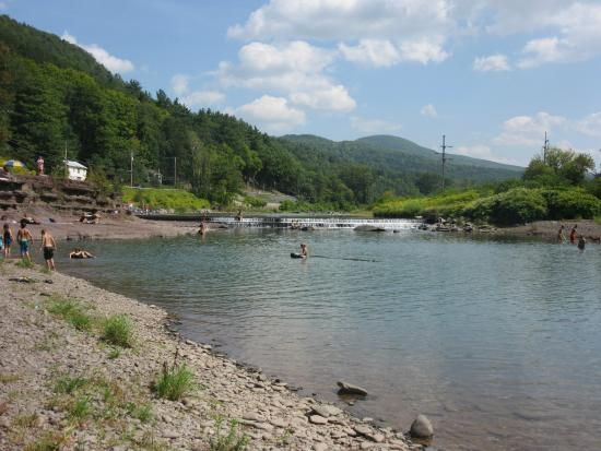 Prattsville, NY: A spot to cool off