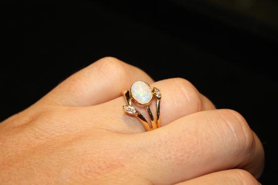 BIG4 Stuart Range Outback Resort: Gaea Gems opal shop