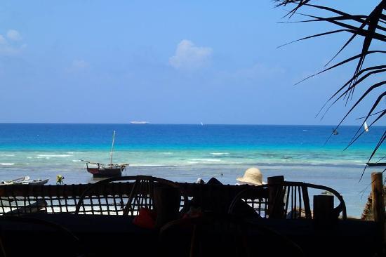 Loca Restaurant Nungwi Zanzibar: vista desde el comedor
