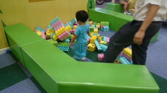 Kidzoona & Molly Fantasy: big lego