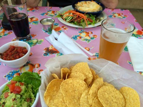 Eske's Brew Pub: photo0.jpg