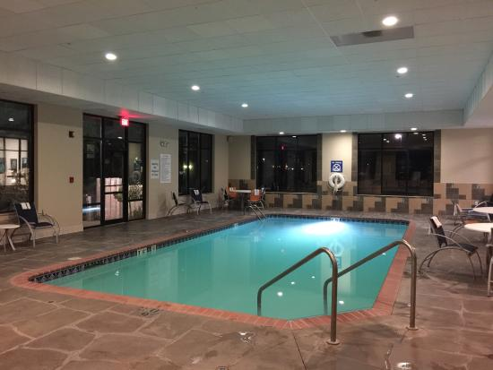 nice pool and hot tub picture of holiday inn express. Black Bedroom Furniture Sets. Home Design Ideas