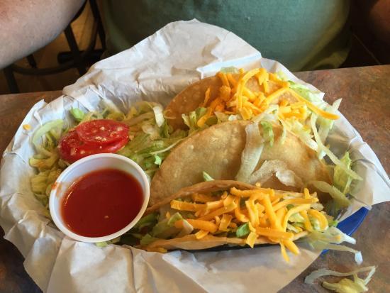 Brewsky's Broiler: Brewsky's pork tacos were delicious.