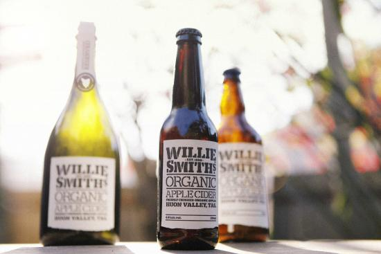 Willie Smiths Organic Apple Cider