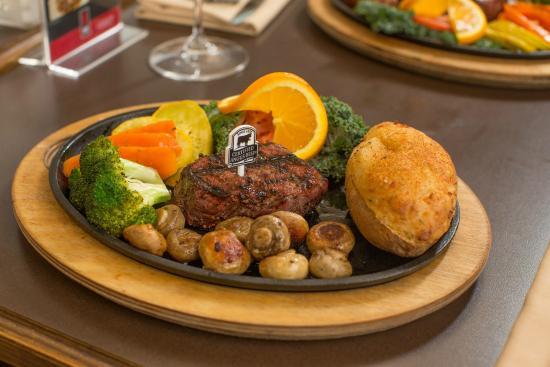 Lindsay, Канада: All-in Steak Dinner
