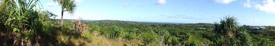 Colonia, Nhà nước Liên bang Micronesia: about 2/3 way