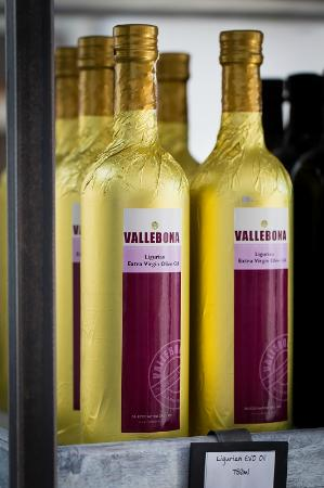 Vallebona: Ligurian Oil