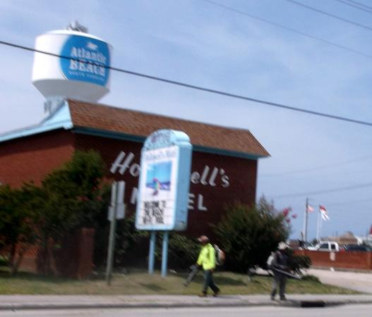 Hollowell's Motel Picture