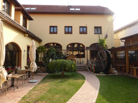 Hotel Selsky Dvur: Innenhof