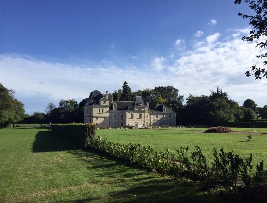 Glenouze, Fransa: backgarden of the chateau