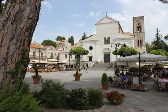 Ravello Rooms: Town centre