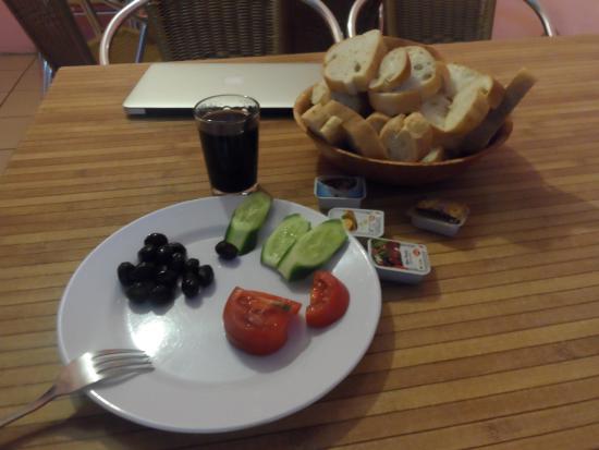 Starlet hostel: colazione