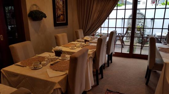Kwa Lala: breakfast room