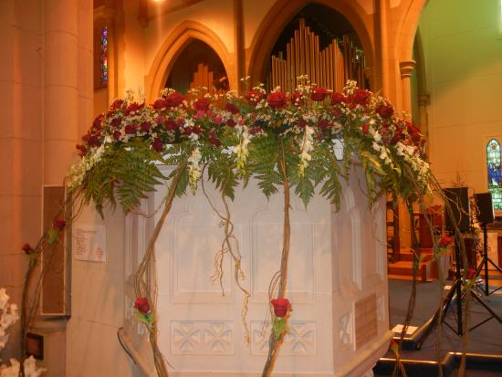 Floral Display On Pulpit Picture Of St Luke S Anglican Church Toowoomba Tripadvisor