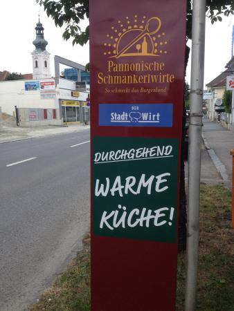 Oberwart, Österreich: Immer wenn der Hunger Kommt . . .