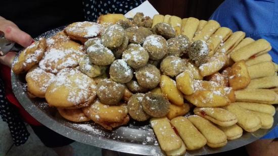 Trattoria San Vitale: la seconda parte di dolce del fritto misto alla pioemontese
