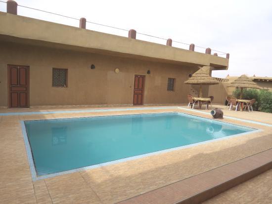 L'Homme Du Desert: cooling pool